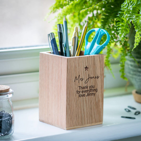 original_teacher-gift-personalised-pen-holder-with-star