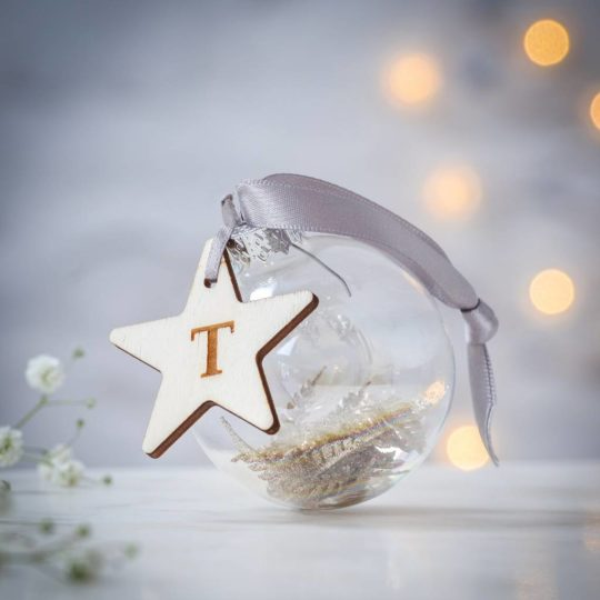 original_personalised-initial-glass-bauble-with-star-charm