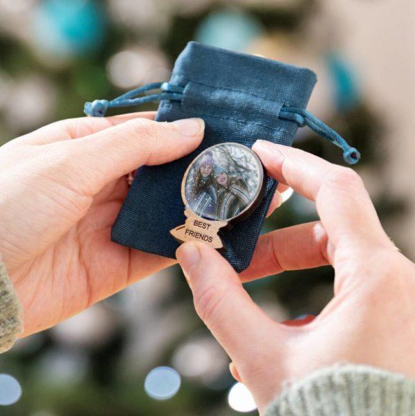 original_best-friend-snow-globe-personalised-christmas-gift